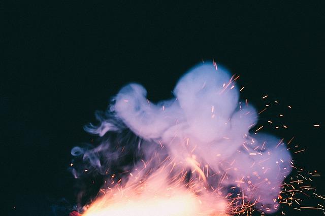 欅坂46の握手会で発煙筒【犯人画像】犯行理由は?ナイフや催涙スプレーも所持 平手友梨奈の今後の予定はどうなるか