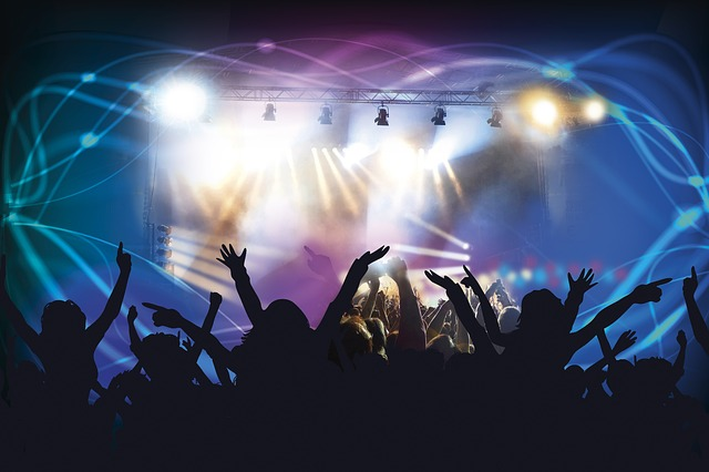堂本剛が入院【動画 】長瀬と光一が「全部抱きしめて」をテレ東音楽祭2017で熱唱 KinKi ファンも気遣う