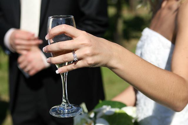 長澤まさみの結婚6月?井上公造【検証画像】2017年予想 中谷美紀か